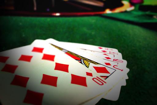 Winning Poker Tournaments